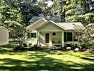 4BR Cottage Vacation Rental in Frankfort, Michigan