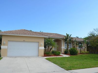 Photo for 3 Bedroom + Den Home, Pool/ Spa,  Walk to Beach!!!