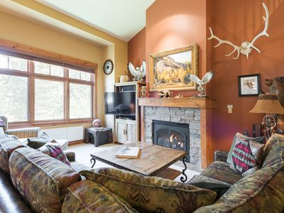 Photo for Beautifully designed 3-bedroom condo with loft, covered deck, and shared hot tub