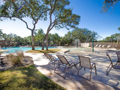 Photo for New house in a luxurious neighborhood, 5 mins from Six Flags and La Cantera