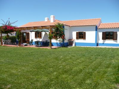 Photo for Alentejo holiday villa, with pool and tennis court