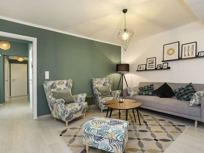 Photo for Beautiful Three-room apartment on the Shores of Lugano Lake in Morcote