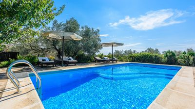 Photo for Wonderful villa with impressive views of the Torcal de Antequera