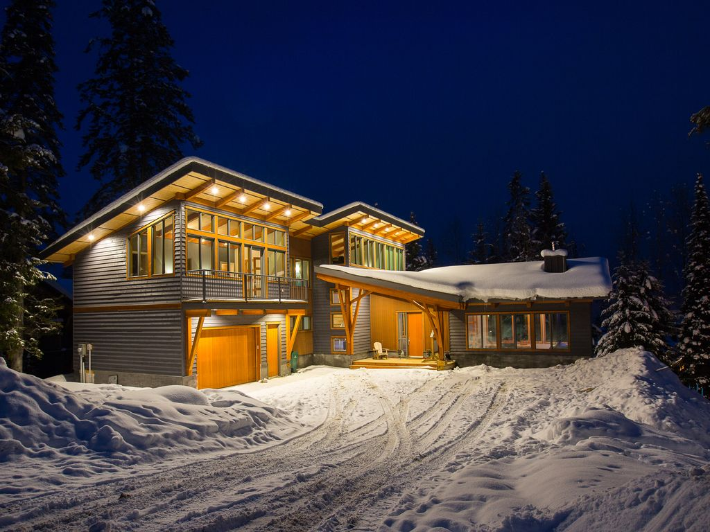 Mountain modern design at its finest newly built 4000 sq ft home at khmr