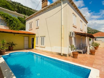 Photo for Villa with the pool - just few steps from Dubrovnik Old Town!