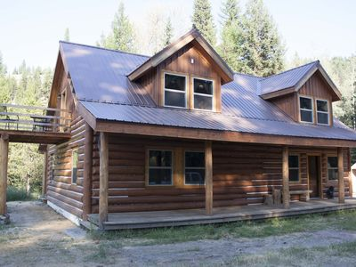 Photo for Secluded Wilderness Getaway