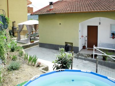 Photo for 3 bedroom Apartment, sleeps 6 with Pool, FREE WiFi and Walk to Shops
