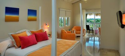 Photo for ALL- INCLUSIVE fees INCLUDED! GOLD VIP in a Stunning Deluxe Beach Studio