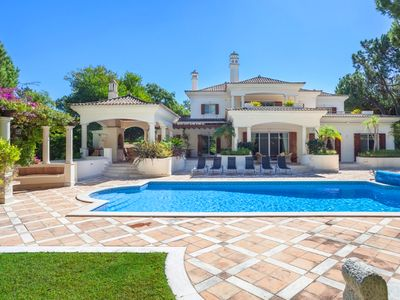 Photo for Five bedroom villa with heatable pool in the heart of Quinta do Lago A321 - Quinta do Lago, Almancil, Algarve