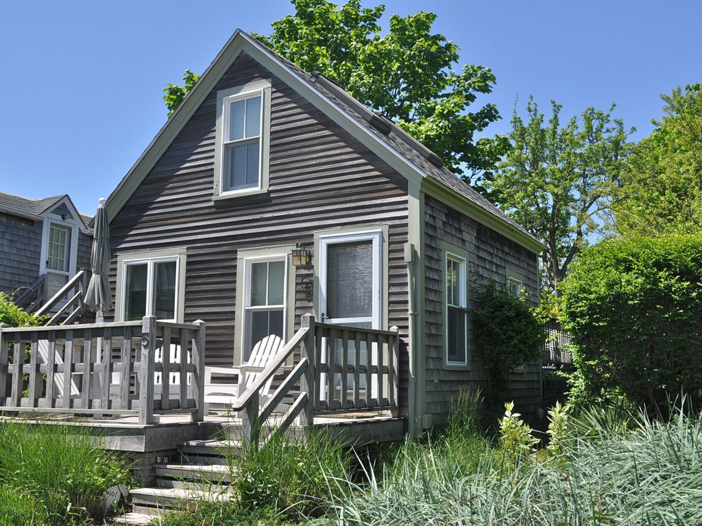 friendly homeaway cottage provincetown renovated ma rental cottages in pet vacation