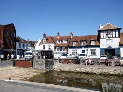 Photo for 1 bedroom Apartment in Lymington - 64493