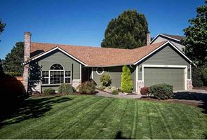 Photo for 3BR House Vacation Rental in Clackamas, Oregon