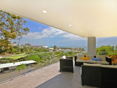 Photo for 32 Barra Crescent, Coolum Beach. Bond 500, FOXTEL, WIFI, Linen Supplied