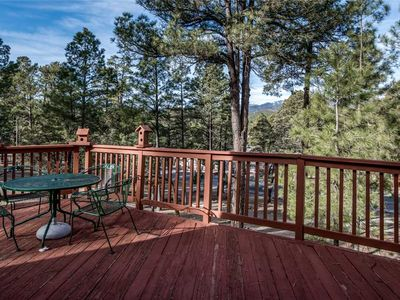 Photo for Bear Cave, 2 Bedrooms, Sleeps 6, Fireplace, WiFi, Grill, Mountain View