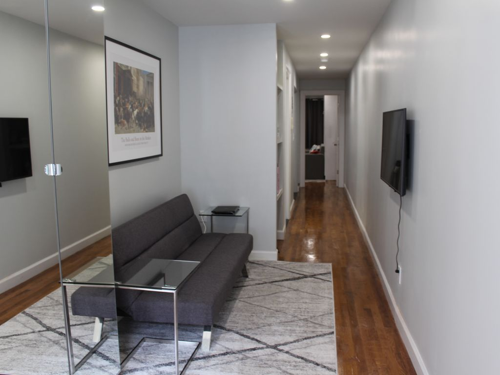 Super Beautifully Renovated 1 Bedroom Apartment In New York City Harlem Home Remodeling Inspirations Genioncuboardxyz