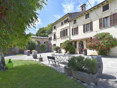 Photo for In the countryside with garden - Apartment Corte Marzago