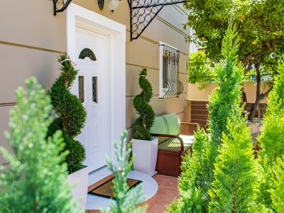Photo for 2 Bedroom Villa in Galatas with a lovely garden