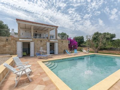 Photo for Stunning private villa with WIFI, private pool, A/C, TV, patio, washing machine, close to Ostuni