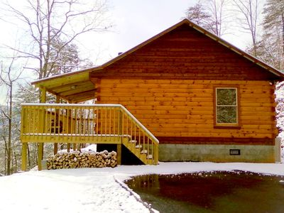 Photo for Perfectly SECLUDED cabin, Mtn View, Hot tub,, King bed - Pioneers Point