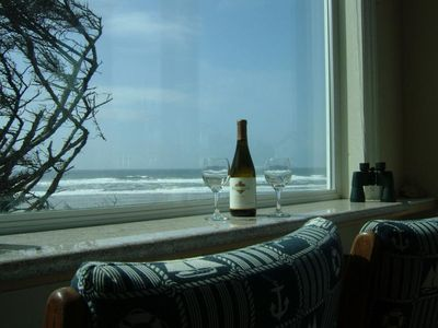 Photo for 4BR Cottage Vacation Rental in Florence, Oregon