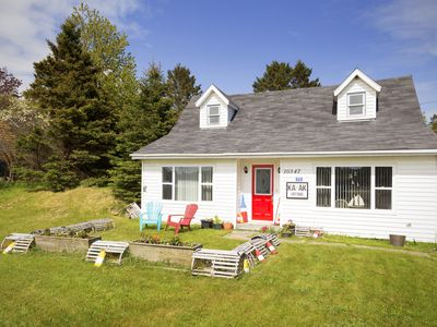 Photo for Kayak Cottage: 12 minutes to famous Peggy's Cove & 40min to Downtown Halifax