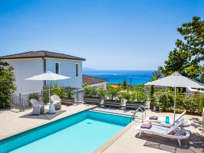 Photo for One bedroom Villa, sleeps 3 with Air Con, FREE WiFi and Walk to Beach & Shops