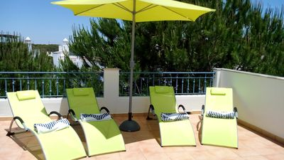Photo for Praia Verde one bedroom Apartment, 150m from the beach