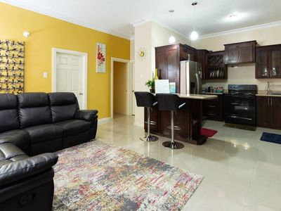 Photo for Hibiscus|Modern| Gated Complex| 1 BD |1.5 BTH