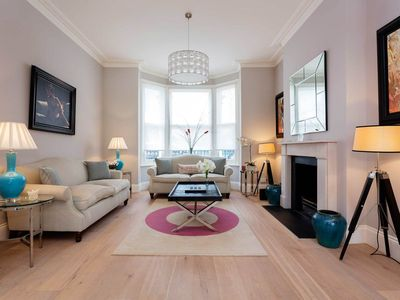 Photo for Elegantly designed, open 4 BR home in Clapham. 20 mins to Waterloo (Veeve)