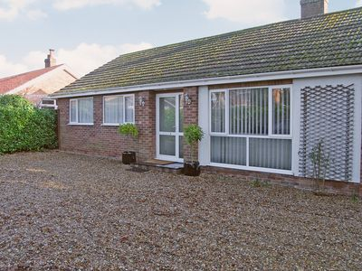 Photo for 2 bedroom accommodation in Potter Heigham, near Great Yarmouth