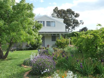 Photo for Acorn House - 4 bedrooms and lots of space just outside Daylesford