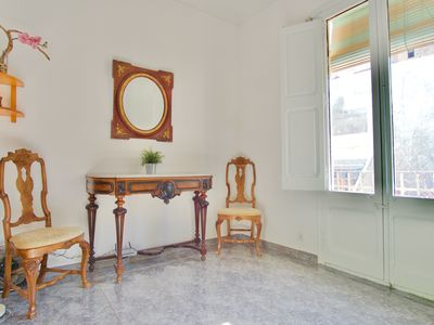 Photo for Silent flat in Gracia minutes 10 minutes walking from Sagrada Familia!