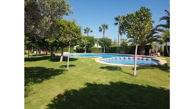 Photo for Villa Garden and Pool 5 minutes from the beach
