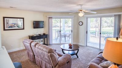 Photo for 2 Bedroom, 2 Bath, Golf Course view, Full Kitchen, Short Drive to the Beach(1304)