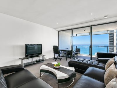 Photo for ♦️Circle On Cavill - 1 Bedroom + Study Ocean View — We Accommodate