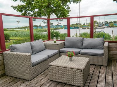 Photo for 6 pers. Lauwersmeer Waterfront, Equipped house with winter garden