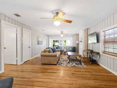 Photo for Breeze Terrace - LABOR DAY STILL AVAILABLE! ASK ABOUT OUR SPECIALS!