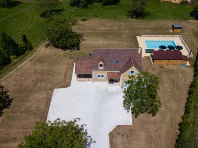 Photo for Luxury 3 Bed Holiday Home with Swimming Pool