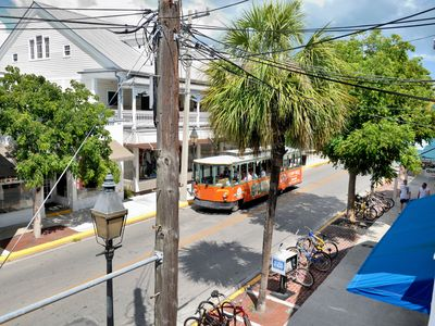 Penthouse on Duval Street ~ Perfectly staged on Duval Street Key West