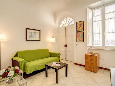 Photo for Colisseum Labicana apartment in Centro Storico with WiFi & lift.
