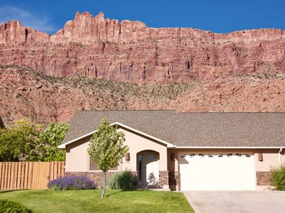 Photo for Westwater - Spacious 3 Bed, 2.5 Bath Moab House - Sleeps 8