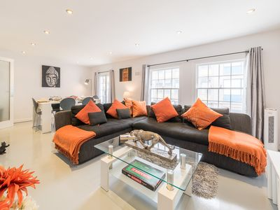 Photo for Elegant Mews home perfect for visiting London!