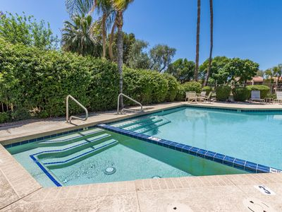 Photo for Scottsdale, Heated Pool Perfect location close to everything! Quiet community!