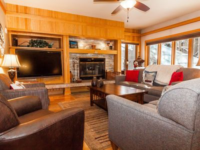 Photo for **New Listing** 2 Masters w/King Beds, Indoor Hot Tub, Near Lifts, Free WIFI