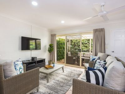Photo for Fiesta Palms 2 - Central Byron Bay