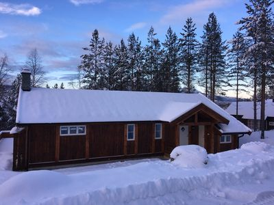 Photo for Cozy Well Equipped 3/4 Bedroom Cabin Sleeping 9 Close to Ski