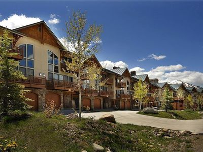 Photo for Treasury Retreat: Beautiful town home with gourmet kitchen and Hot Tub!