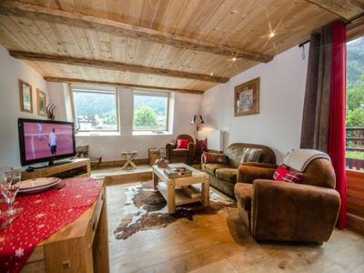 Photo for Apartment Chamonix-Mont-Blanc, 2 bedrooms, 5 persons