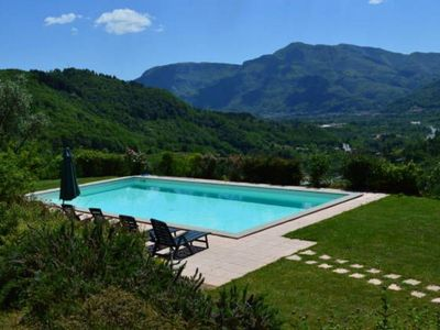 Photo for Vallecchia Sotto, 5 bed villa, private pool, great views WIFI, free Tuscan meal