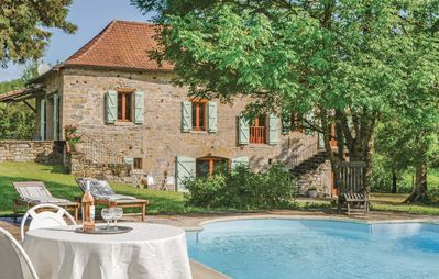 Photo for 4 bedroom accommodation in Caylus
